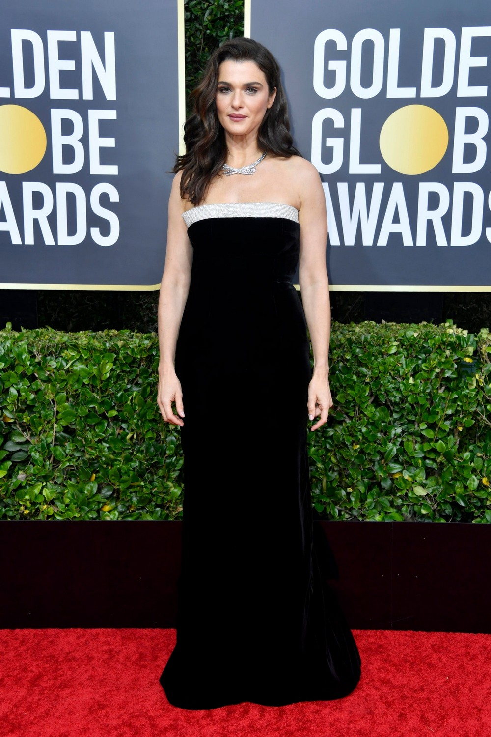 Golden Globes 2020 The Most Exciting Looks Seen on the Red Carpet 3 golden globes 2020 Golden Globes 2020: The Most Exciting Looks Seen on the Red Carpet Golden Globes 2020 The Most Exciting Looks Seen on the Red Carpet 3