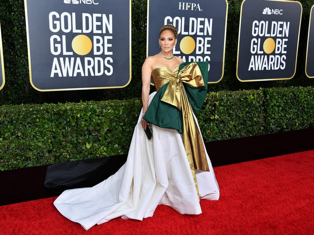Golden Globes 2020 The Most Exciting Looks Seen on the Red Carpet 4 golden globes 2020 Golden Globes 2020: The Most Exciting Looks Seen on the Red Carpet Golden Globes 2020 The Most Exciting Looks Seen on the Red Carpet 4