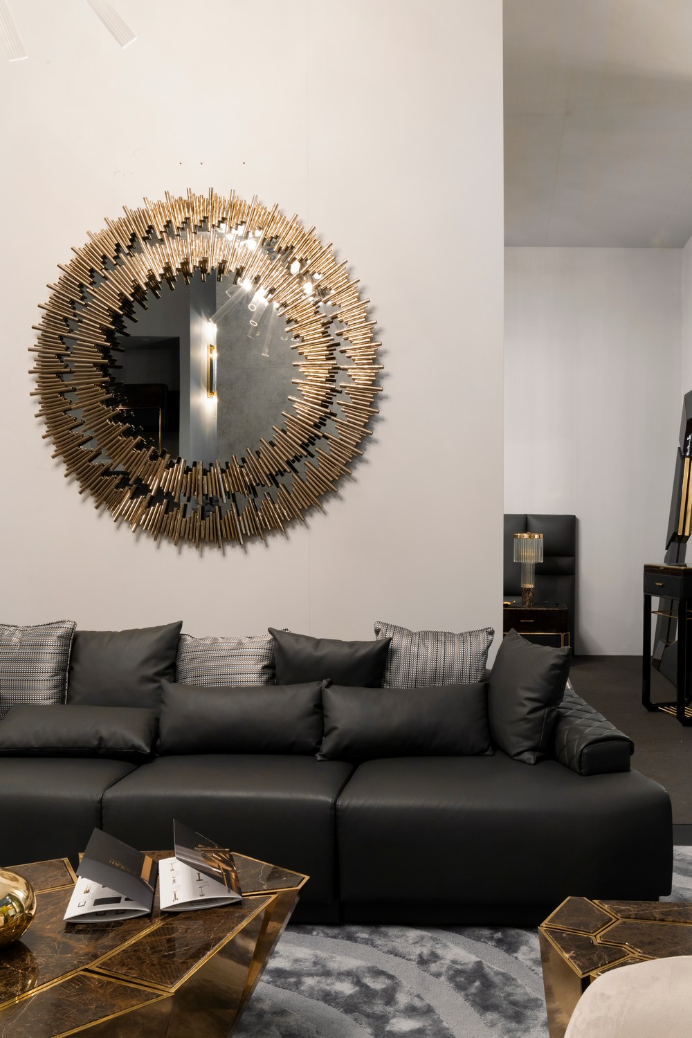 Home Decoration Ideas 10 Ostentatious Mirrors for a Unique Aesthetic 15 home decoration ideas Home Decoration Ideas: 10 Ostentatious Mirrors for a Unique Aesthetic Home Decoration Ideas 10 Ostentatious Mirrors for a Unique Aesthetic 15