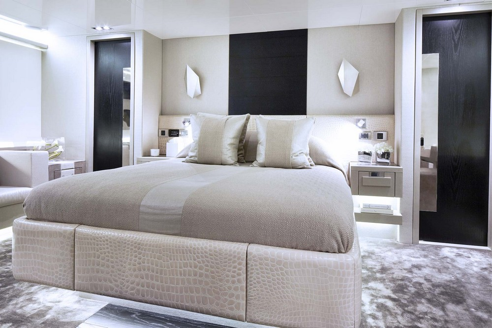 luxury yachts Luxury Yachts: 4 Marvelous Interiors Designed by Kelly Hoppen Luxury Yachts 4 Marvelous Interiors Designed by Kelly Hoppen 8