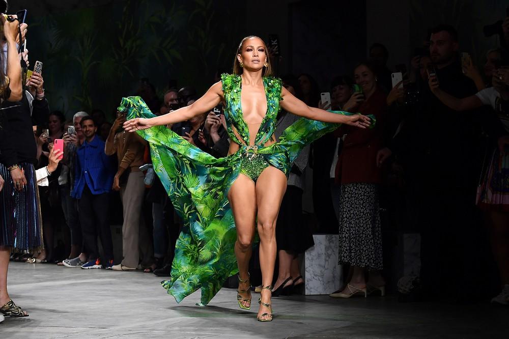 spring fashion trends Spring Fashion Trends to Religiously Follow This Year Spring Fashion Trends to Religiously Follow This Year 5