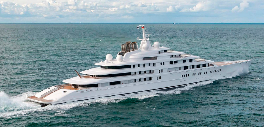Be In Awe of the Massive Structure of the World's Largest Yachts