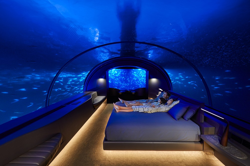 Consider Staying In One of the World's Best Underwater Hotels 2 underwater hotels Consider Staying In One of the World's Best Underwater Hotels Consider Staying In One of the Worlds Best Underwater Hotels 2