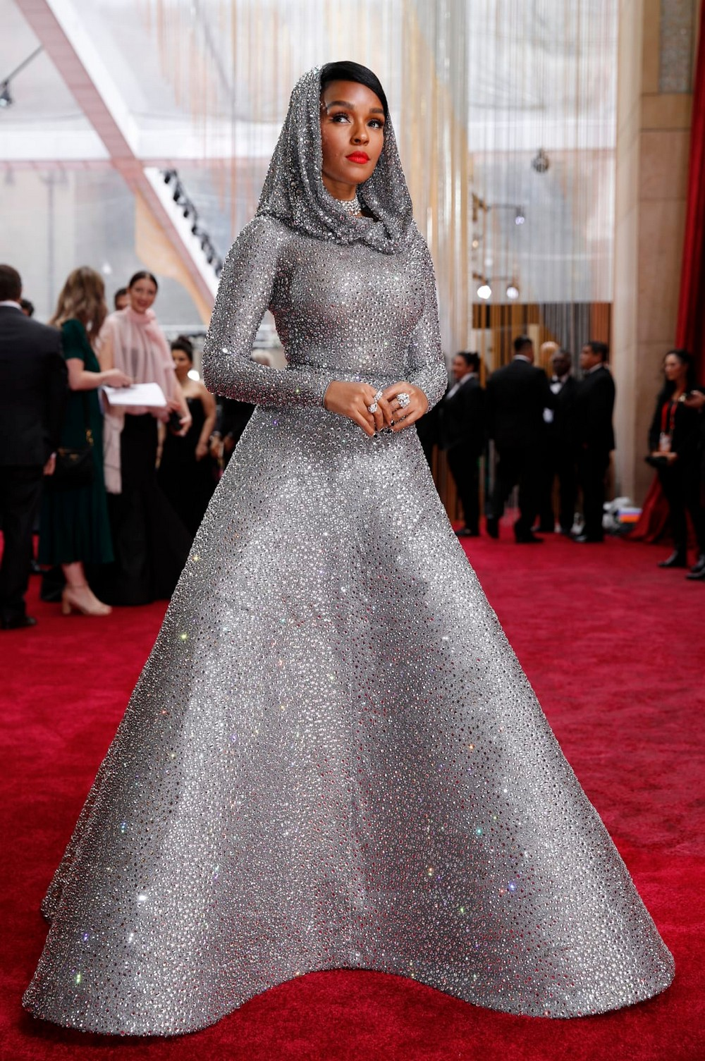 oscars 2020 Oscars 2020: Statement Sleeves in Fashion on the Red Carpet Oscars 2020 Sleeves were Certainly in Fashion at the Red Carpet 6