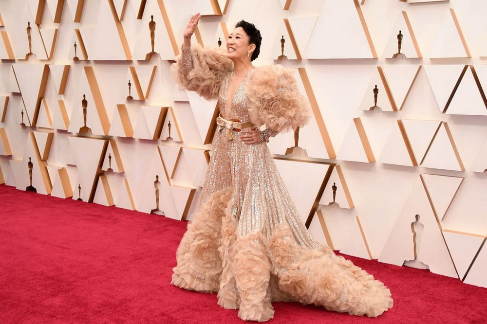 oscars 2020 Oscars 2020: Statement Sleeves in Fashion on the Red Carpet Oscars 2020 Sleeves were Certainly in Fashion at the Red Carpet 8