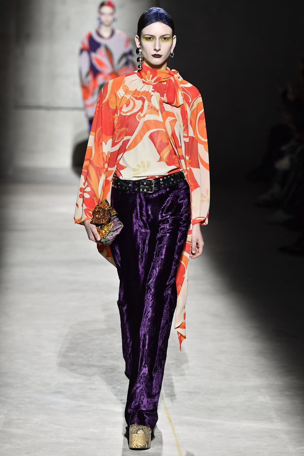 Be Amazed By Paris Fashion Week 2020's Runway Looks paris fashion week 2020 Be Amazed By Paris Fashion Week 2020's Runway Looks model walks the runway during the dries van noten ready to news photo 1582796227