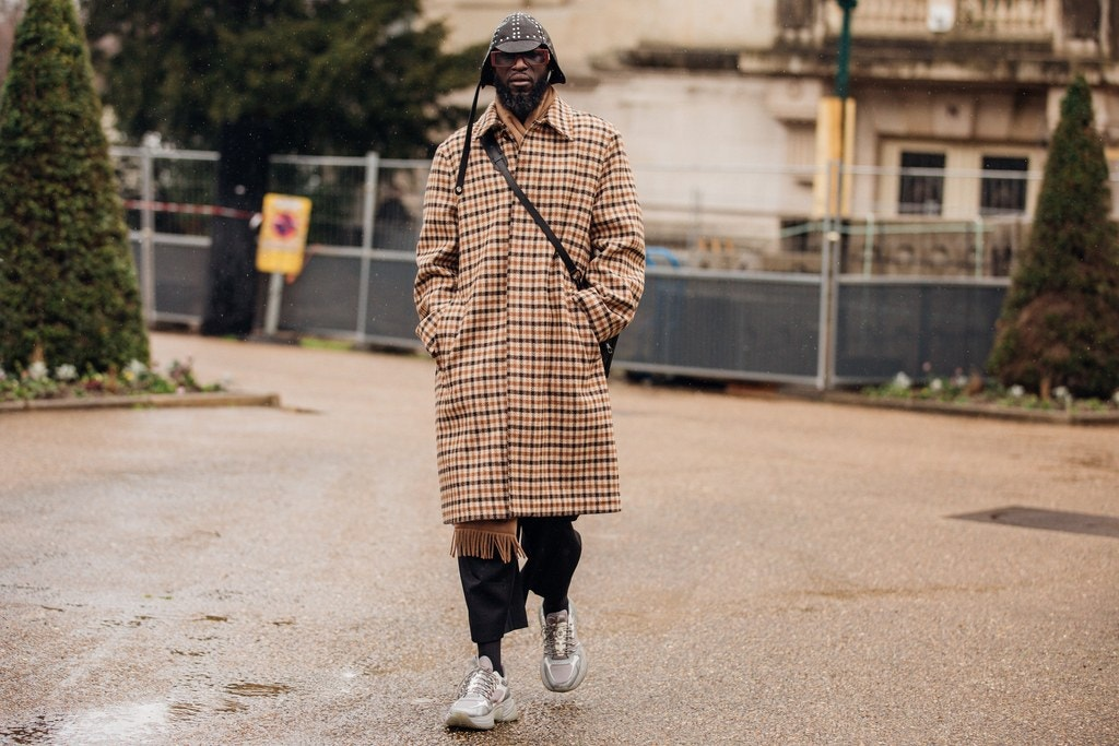 Street Style Tips From Paris Fashion Week 2020 paris fashion week 2020 Street Style Tips From Paris Fashion Week 2020 00005PARIS DAY2 Vogueint 26feb20 credit Jonathan Daniel Pryce 019