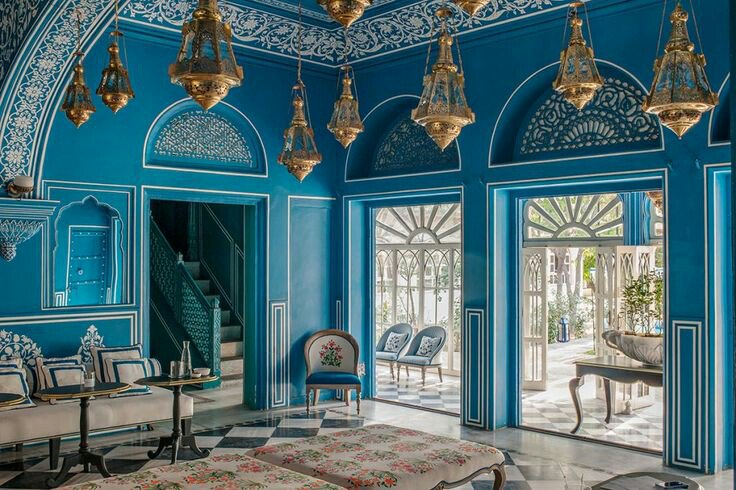 luxury hotels 5 Royal Palaces Turned Luxury Hotels DBefeP5VoAA  3R