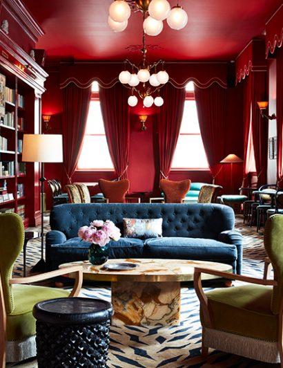 maison de la luz Maison de La Luz, The New Orleans Hotel Inspired By Wes Anderson maison de la luz bar marilou stephen kent johnson 01 410x532