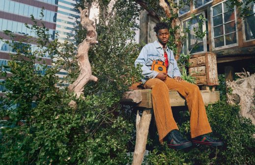 Gucci's Newest Sustainable Genderless Collection gucci Gucci's Newest Sustainable Genderless Collection 1592329746416292 OP20026 HK GUCCI OFF THE GRID CAPSULE CAMPAIGN 03 Eco 0030 519x336