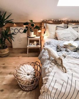 Hygge: The Comfortable Aesthetic hygge Hygge: The Comfortable Aesthetic 3651178c4b317292fa0addfddbd6ed53 269x336