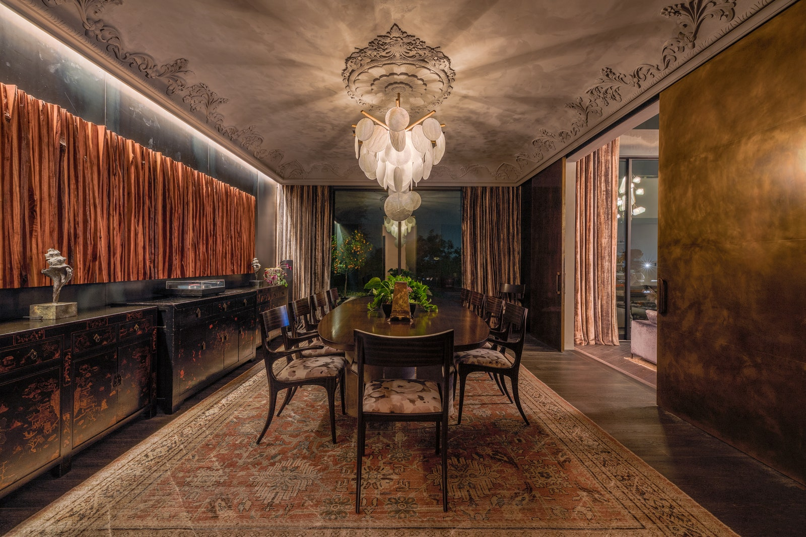 Chrissy Teigen and John Legend List Beverly Hills Home: Take a peek! grand palace You can finally move to the Grand Palace of your dreams for 72M$ Chrissy Teigen and John Legend 13 grand palace You can finally move to the Grand Palace of your dreams for 72M$ Chrissy Teigen and John Legend 13