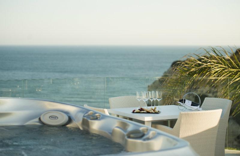 vila vita Vila Vita Hotel – A beautiful getaway in Algarve 18 vila trevo jacuzzi