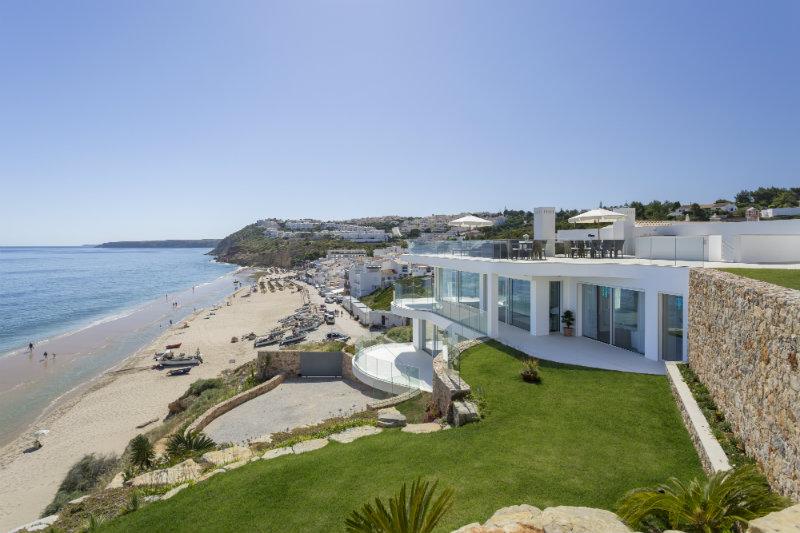vila vita Vila Vita Hotel – A beautiful getaway in Algarve 5 Villa Alegria Exterior 1