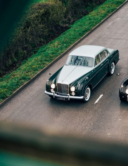 classic car Classic cars are back but with a twist bentley s2 flying spur 11 410x532