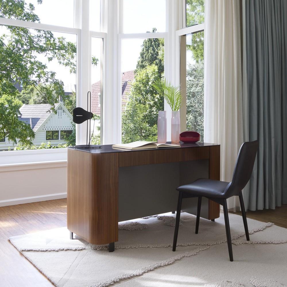 luxury desks Top 25 Luxury Desks to Modernize Your Home Office Decor Top 25 Luxury Desks to Modernize Your Home Office Decor 8