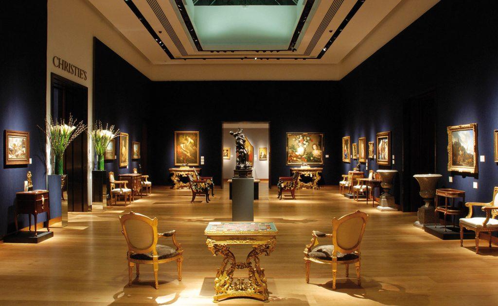 Best Interior Design Showrooms in Dubai best interior design showrooms in dubai Best Interior Design Showrooms in Dubai Christies London m1 1024x630 1