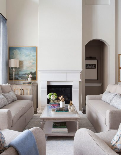 top 20 interior designers in austin Top 20 Interior Designers in Austin lock and leave waterfront retreat 08 1 410x526
