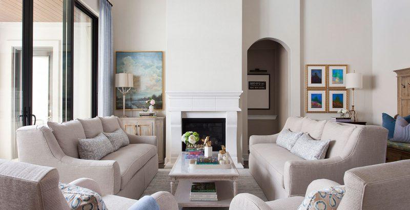 top 20 interior designers in austin Top 20 Interior Designers in Austin lock and leave waterfront retreat 08 1 800x410